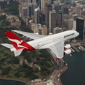 Qantas Airways plane UAE flyby